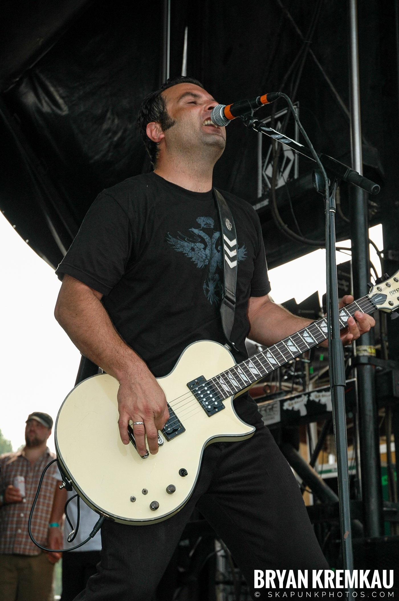 Strung Out @ Warped Tour 05, NYC - 8.12.05 (10)