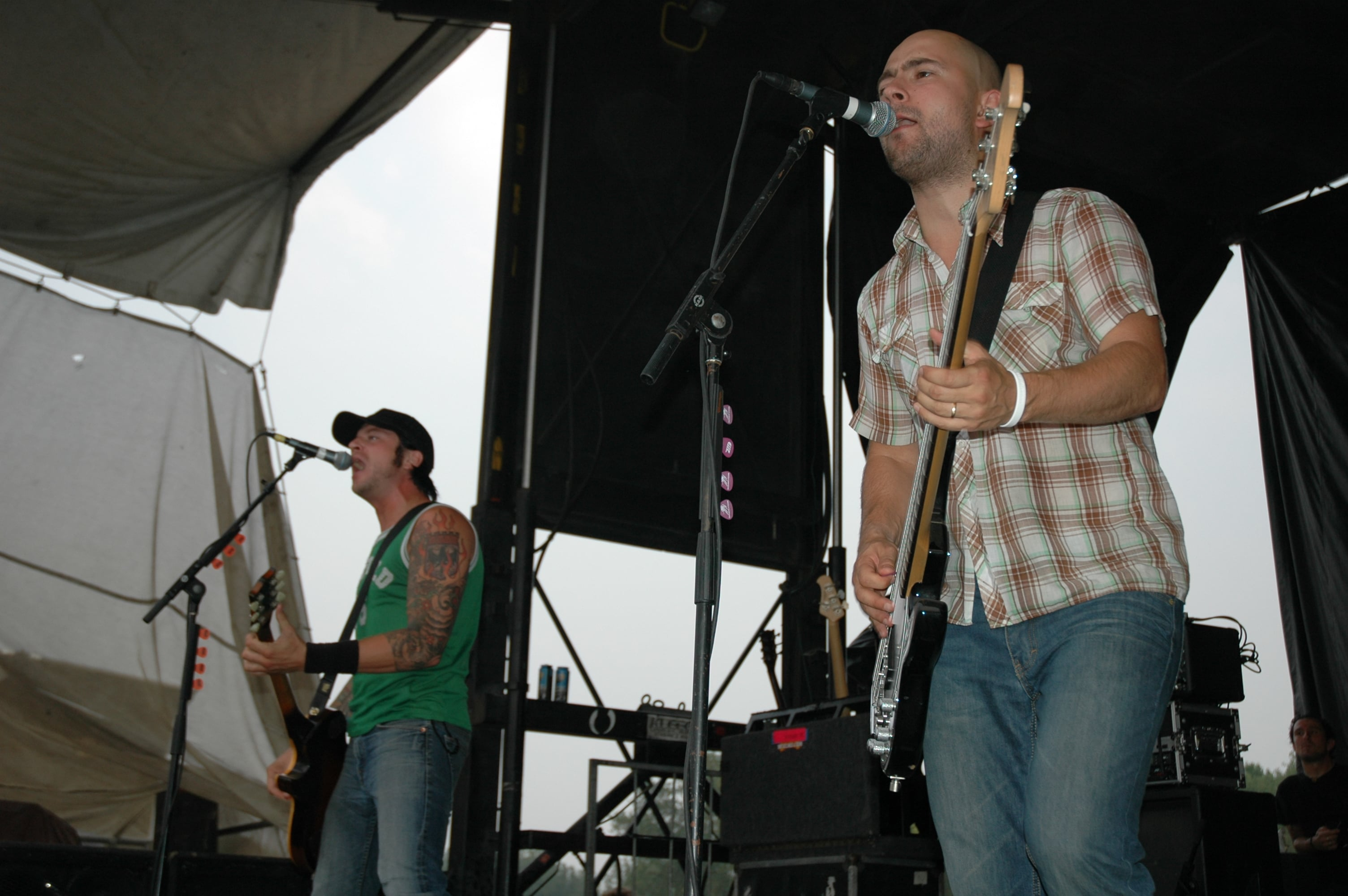 Millencolin @ Warped Tour 05, NYC - 8.12.05 (14)