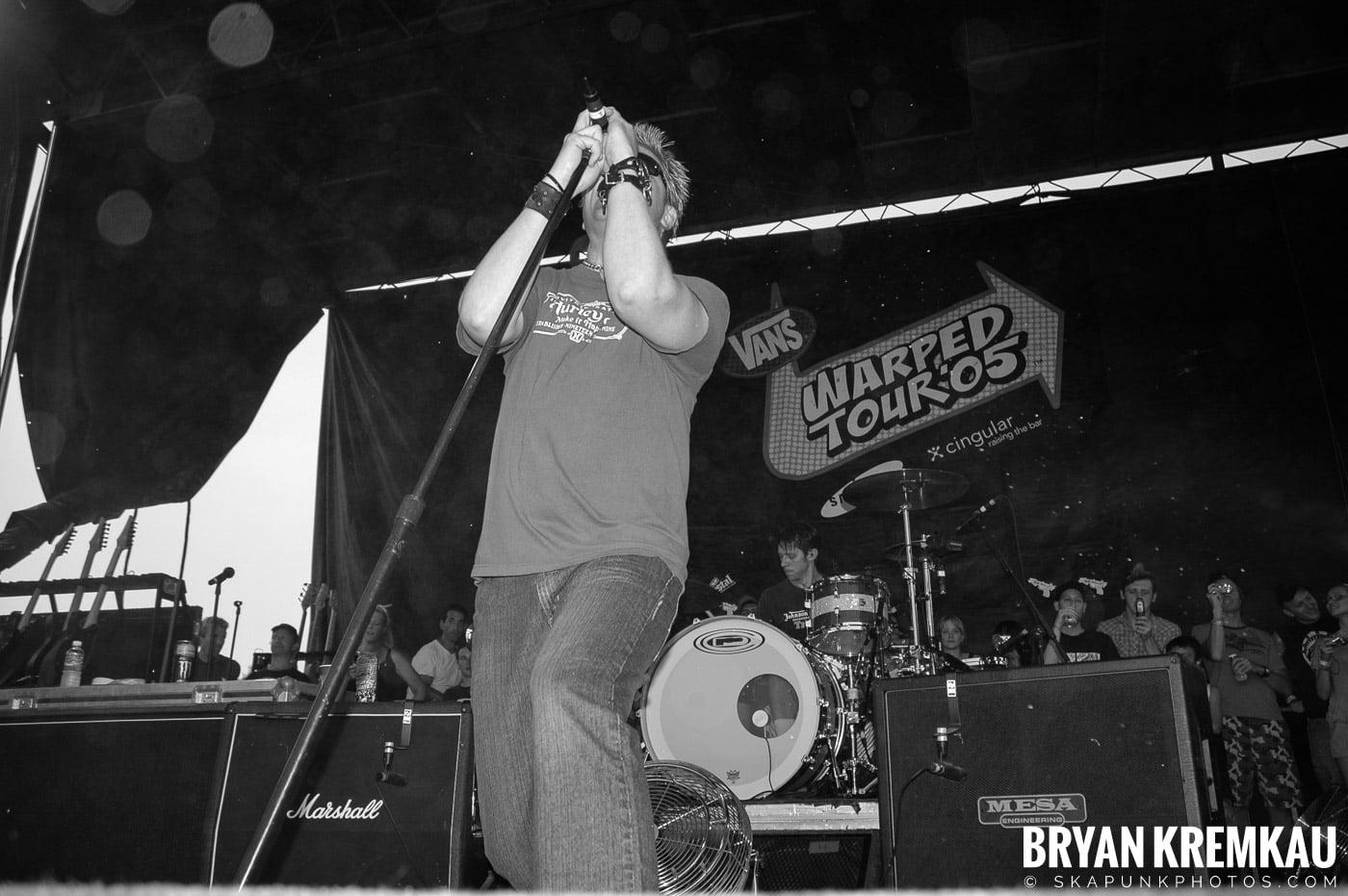 The Offspring @ Warped Tour 05, NYC - 8.12.05 (17)