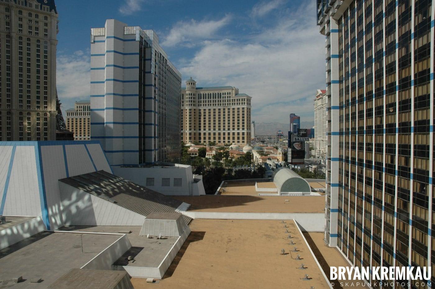 Las Vegas Vacation @ Las Vegas, NV - 10.21.05 - 10.23.05 (39)
