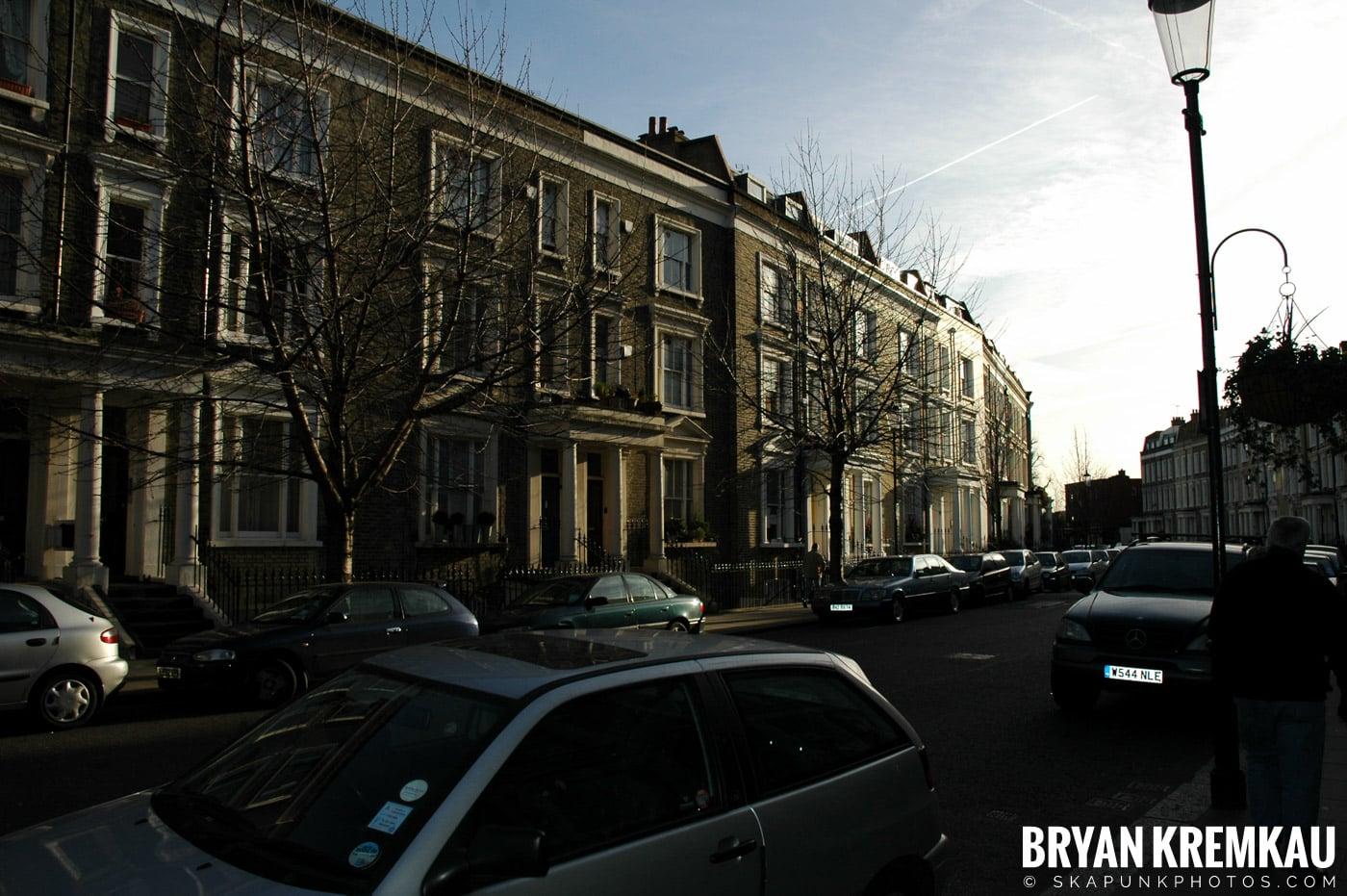 London, England - Day 2 - 12.17.05 (21)
