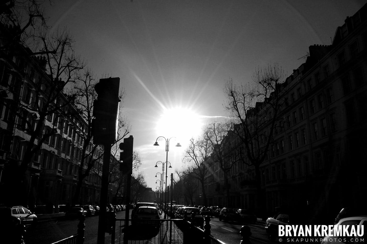 London, England - Day 3 - 12.18.05 (42)