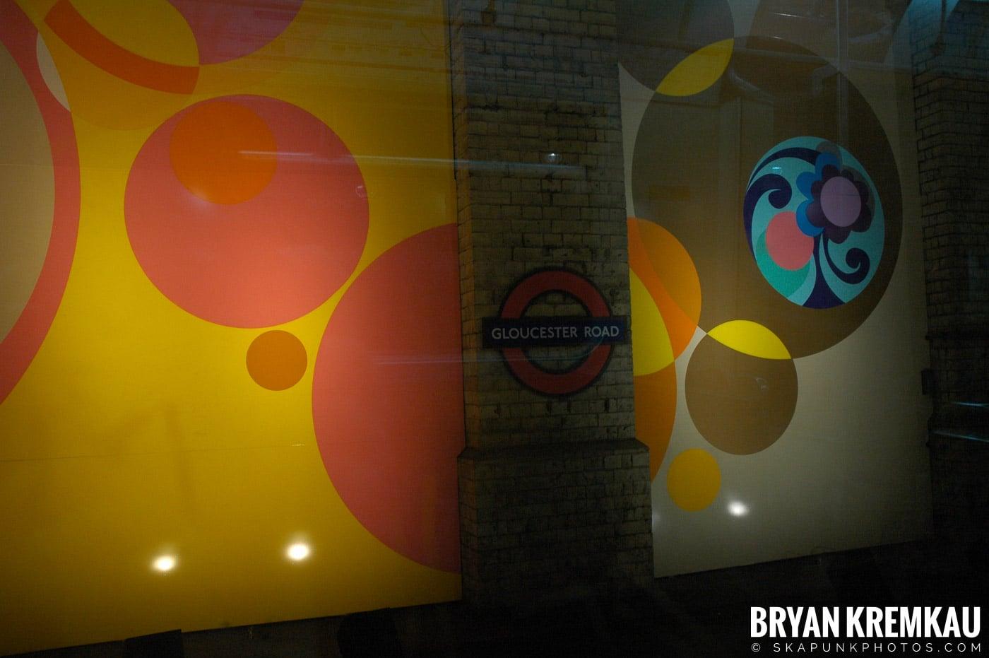London, England - Day 4 - 12.19.05 (48)
