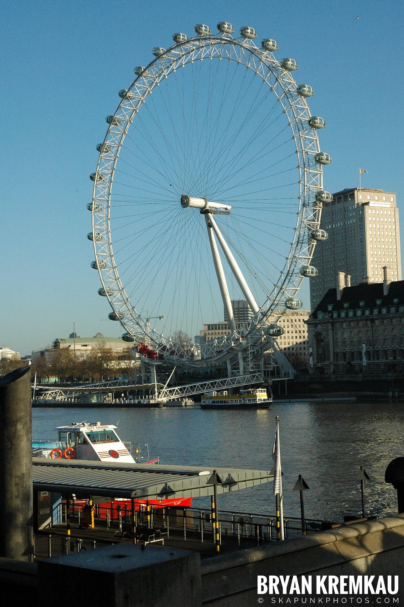 London, England - Day 4 - 12.19.05 (47)