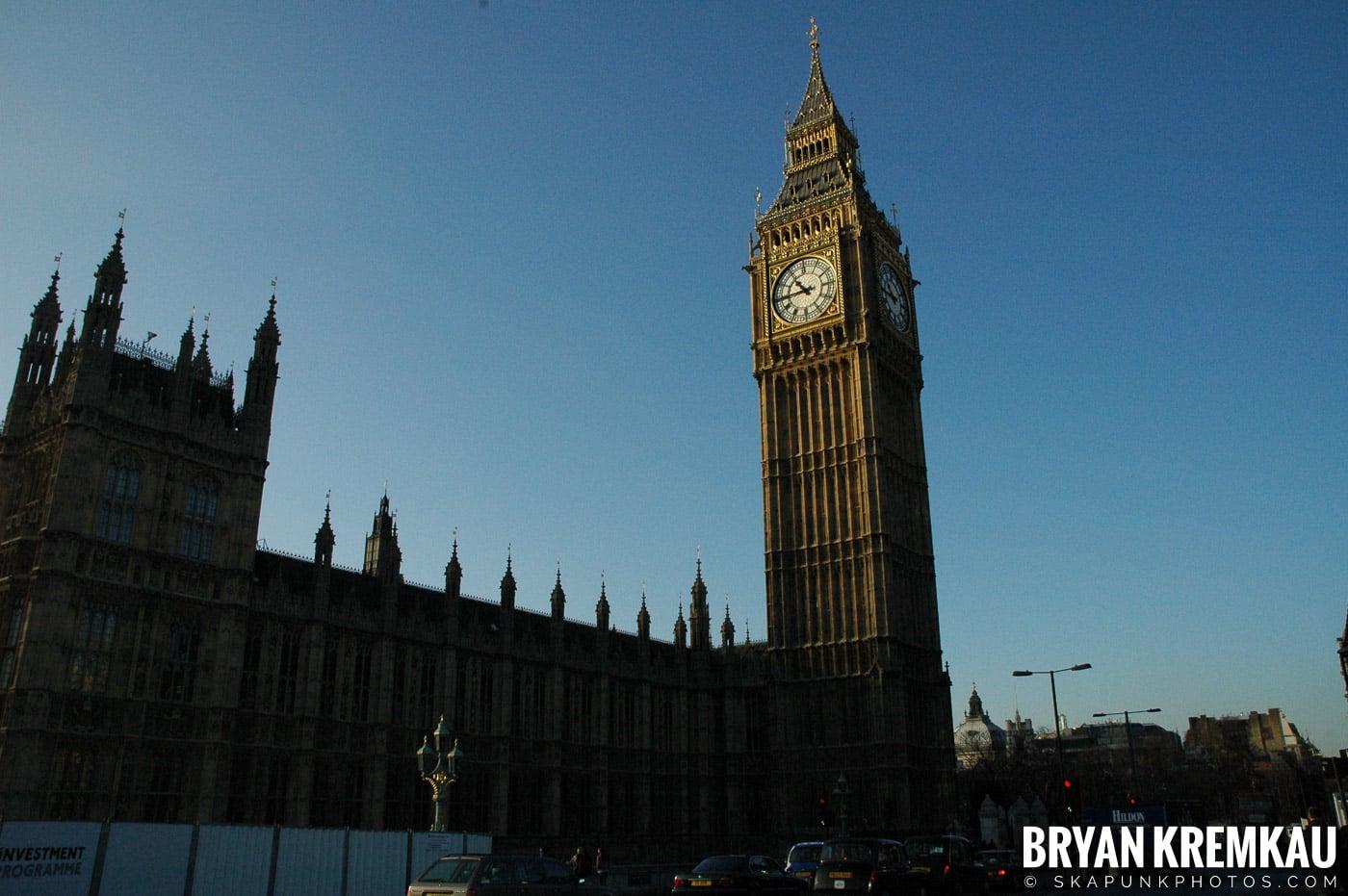 London, England - Day 4 - 12.19.05 (42)