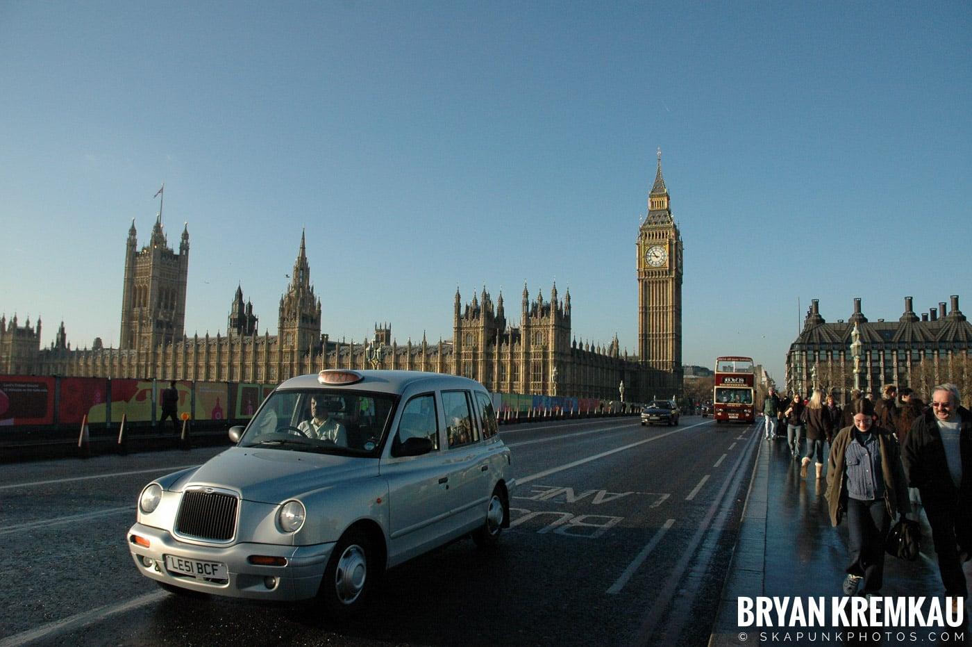 London, England - Day 4 - 12.19.05 (41)