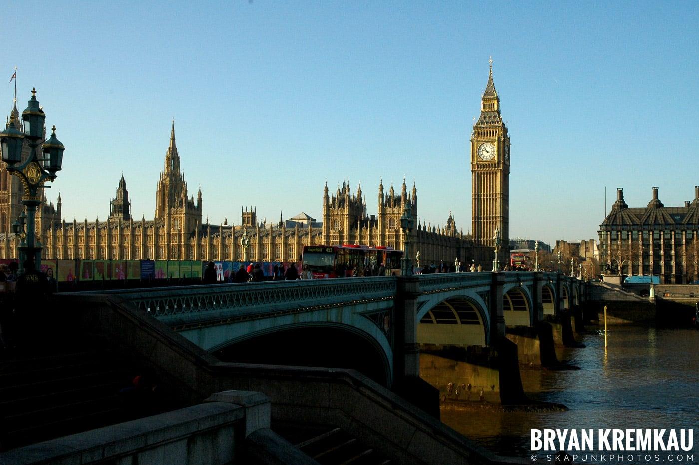 London, England - Day 4 - 12.19.05 (40)