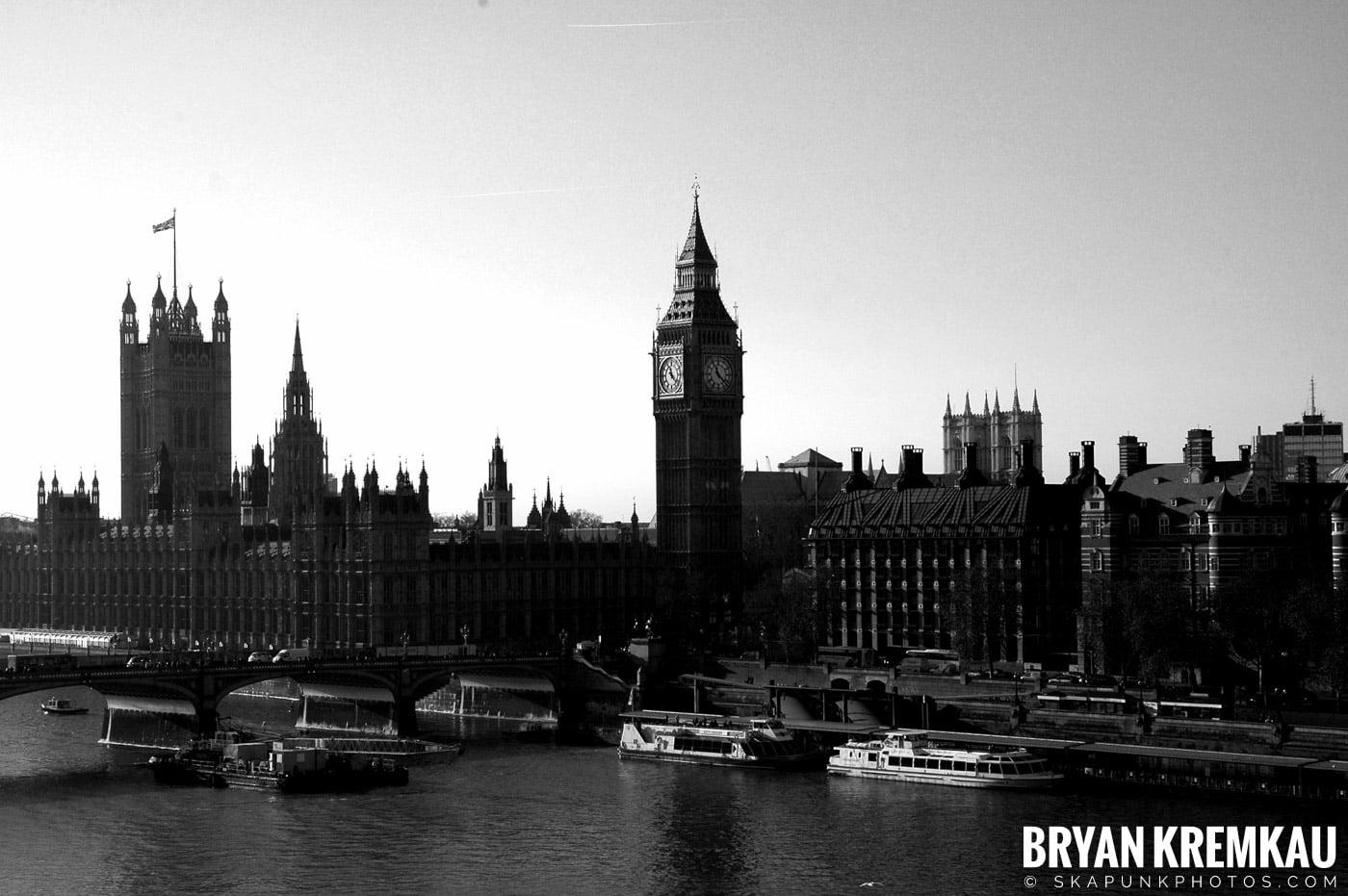 London, England - Day 4 - 12.19.05 (38)