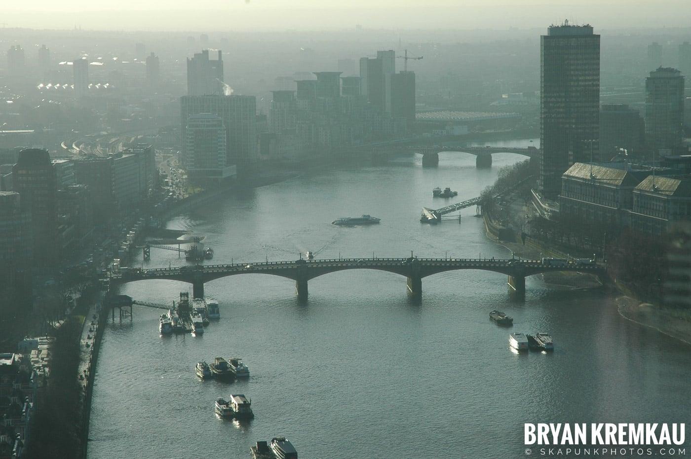 London, England - Day 4 - 12.19.05 (32)