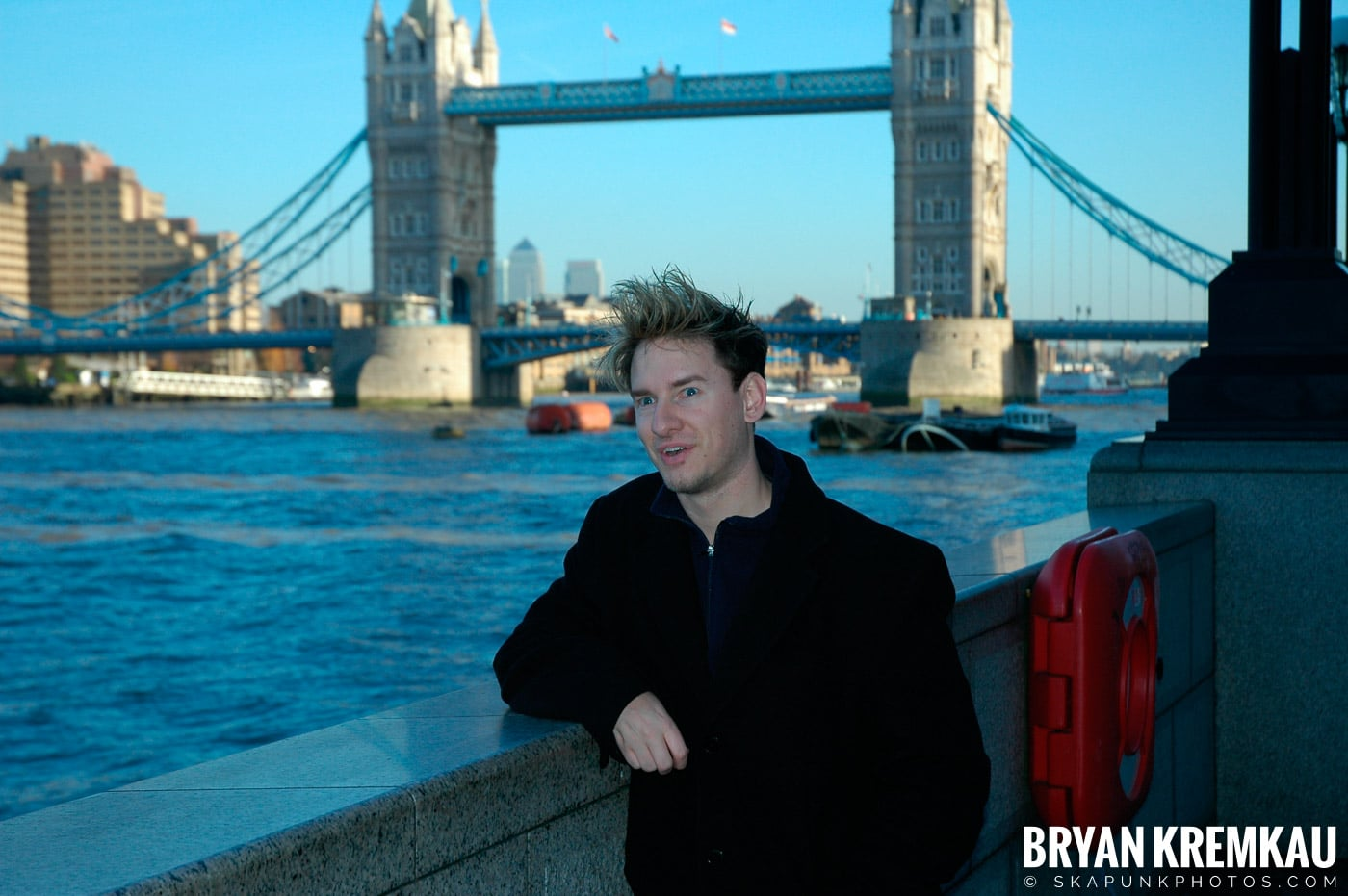 London, England - Day 4 - 12.19.05 (17)