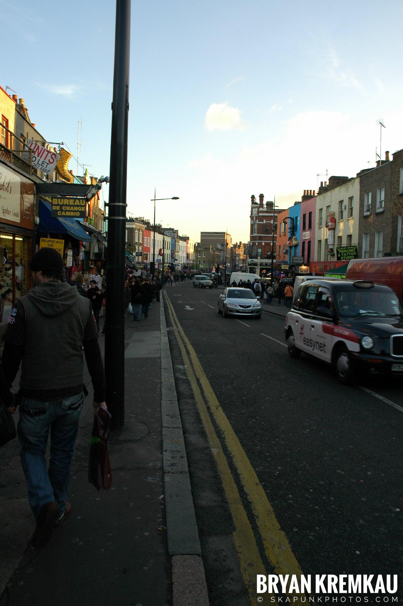 London, England - Day 4 - 12.19.05 (10)
