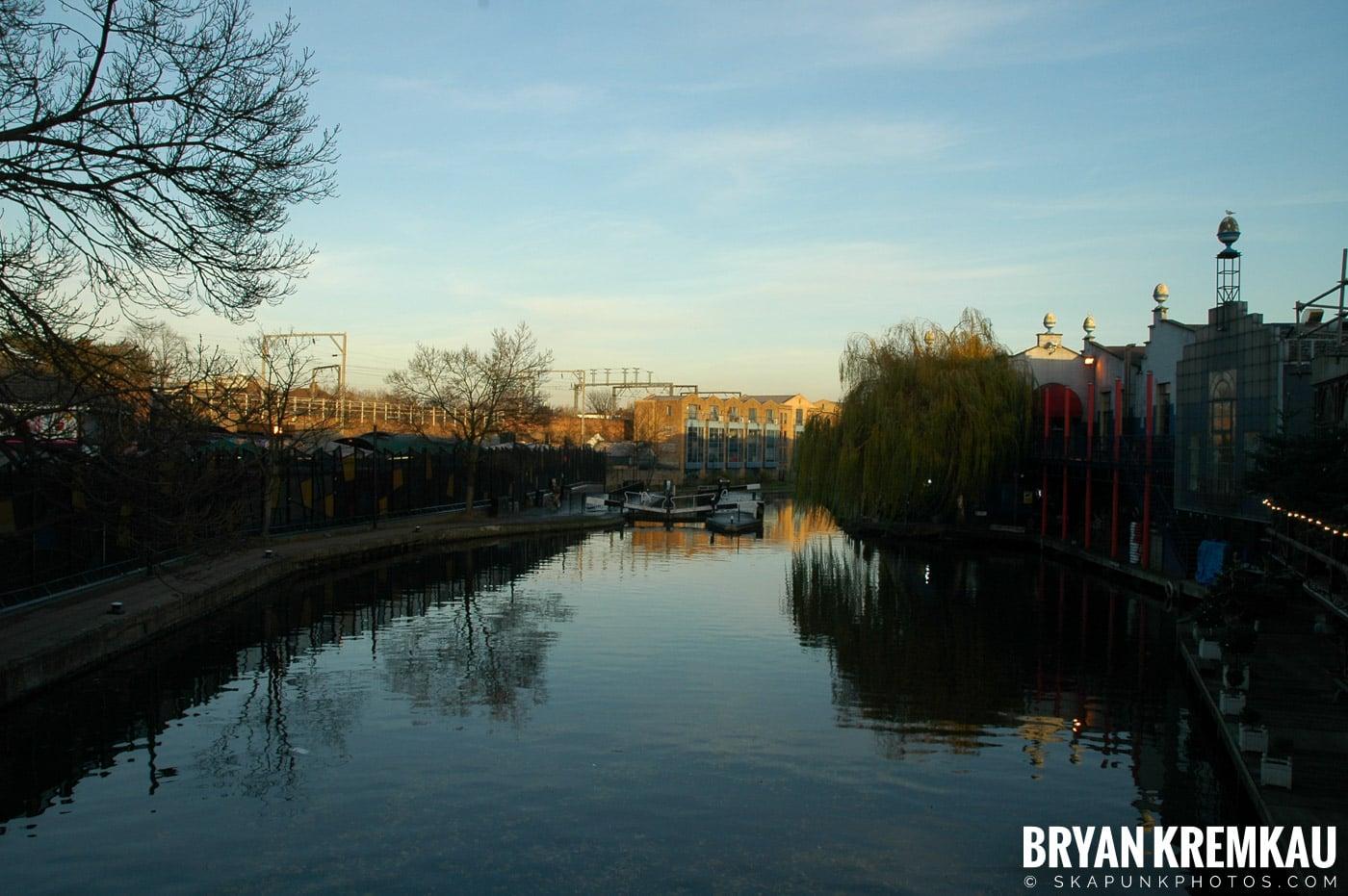 London, England - Day 4 - 12.19.05 (9)