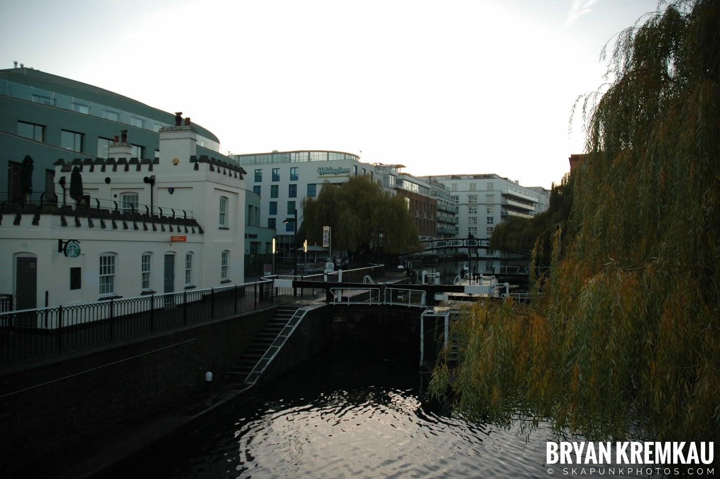 London, England - Day 4 - 12.19.05 (7)