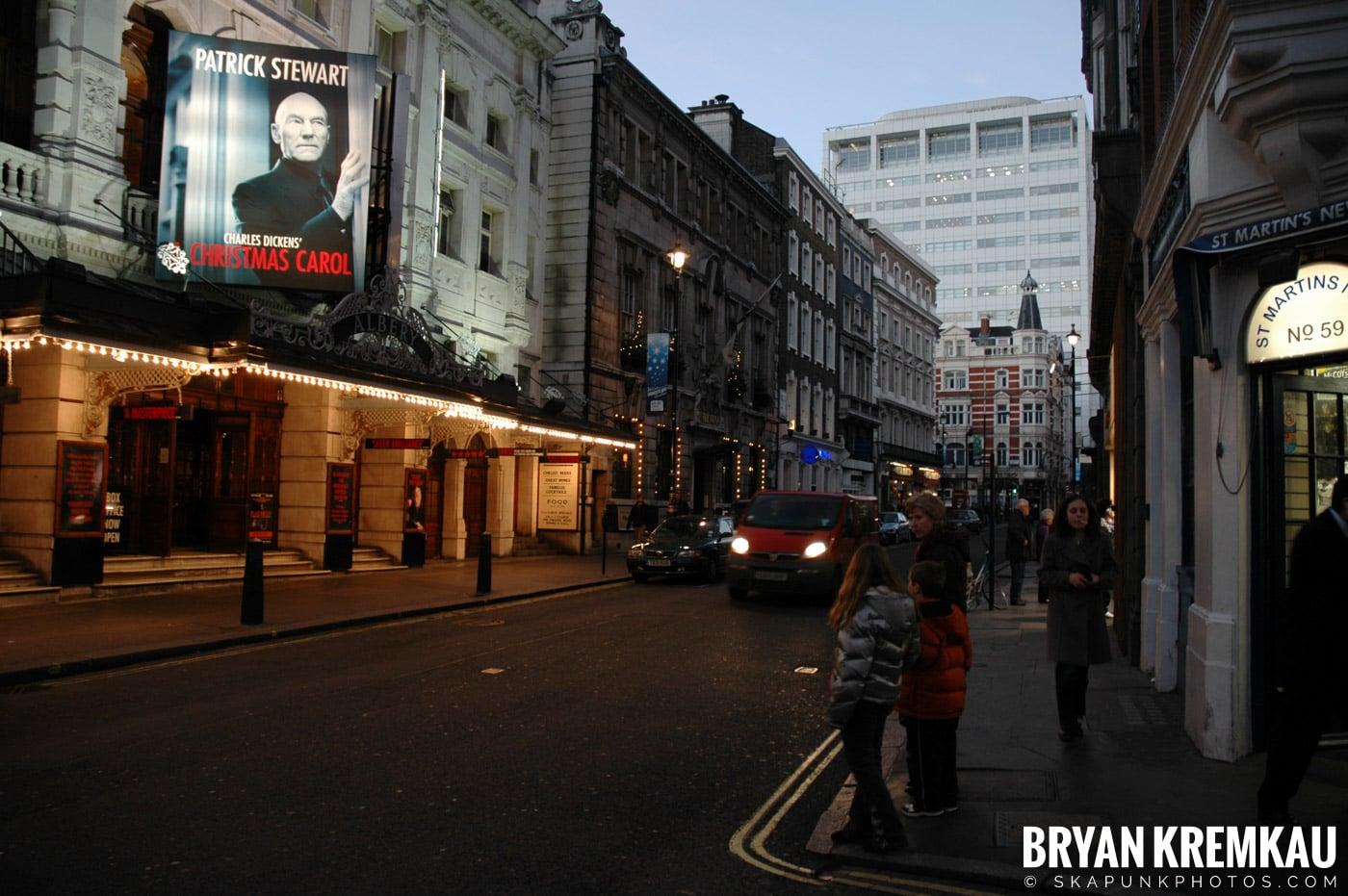 London, England - Day 4 - 12.19.05 (4)