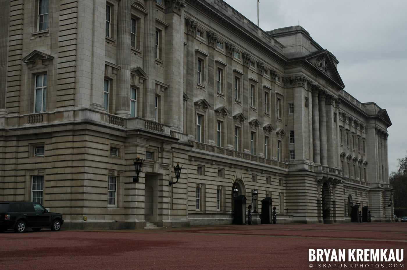 London, England - Day 5 - 12.20.05 (14)