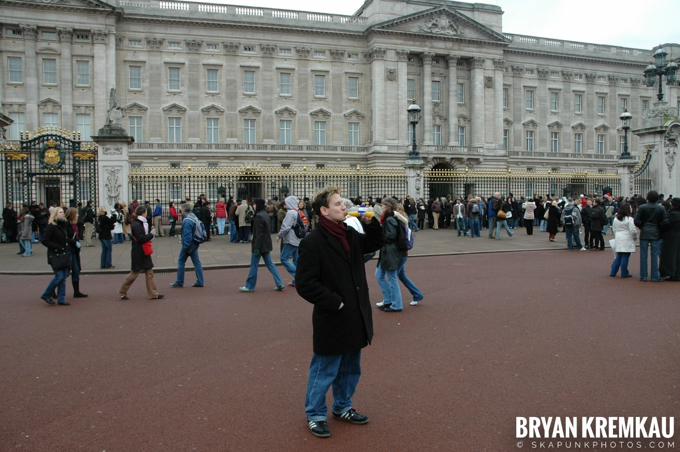 London, England - Day 5 - 12.20.05 (13)