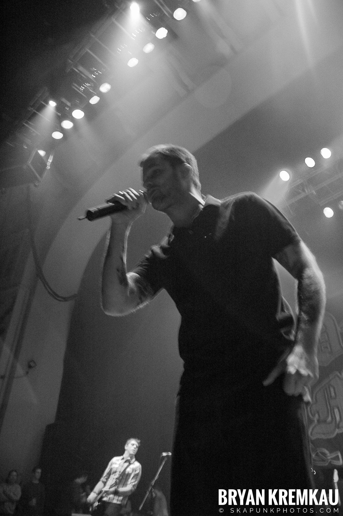 Dropkick Murphys @ Brixton Academy, London UK - 12.19.05 (11)