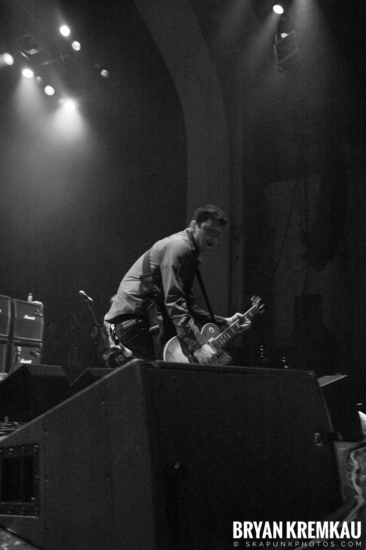 Dropkick Murphys @ Brixton Academy, London UK - 12.19.05 (6)