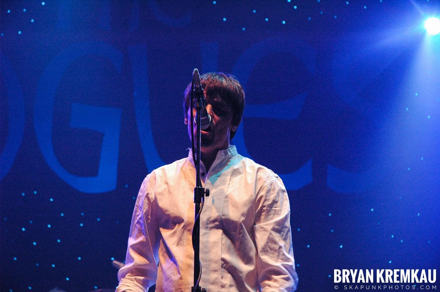The Pogues @ Brixton Academy, London UK - 12.19.05 (26)