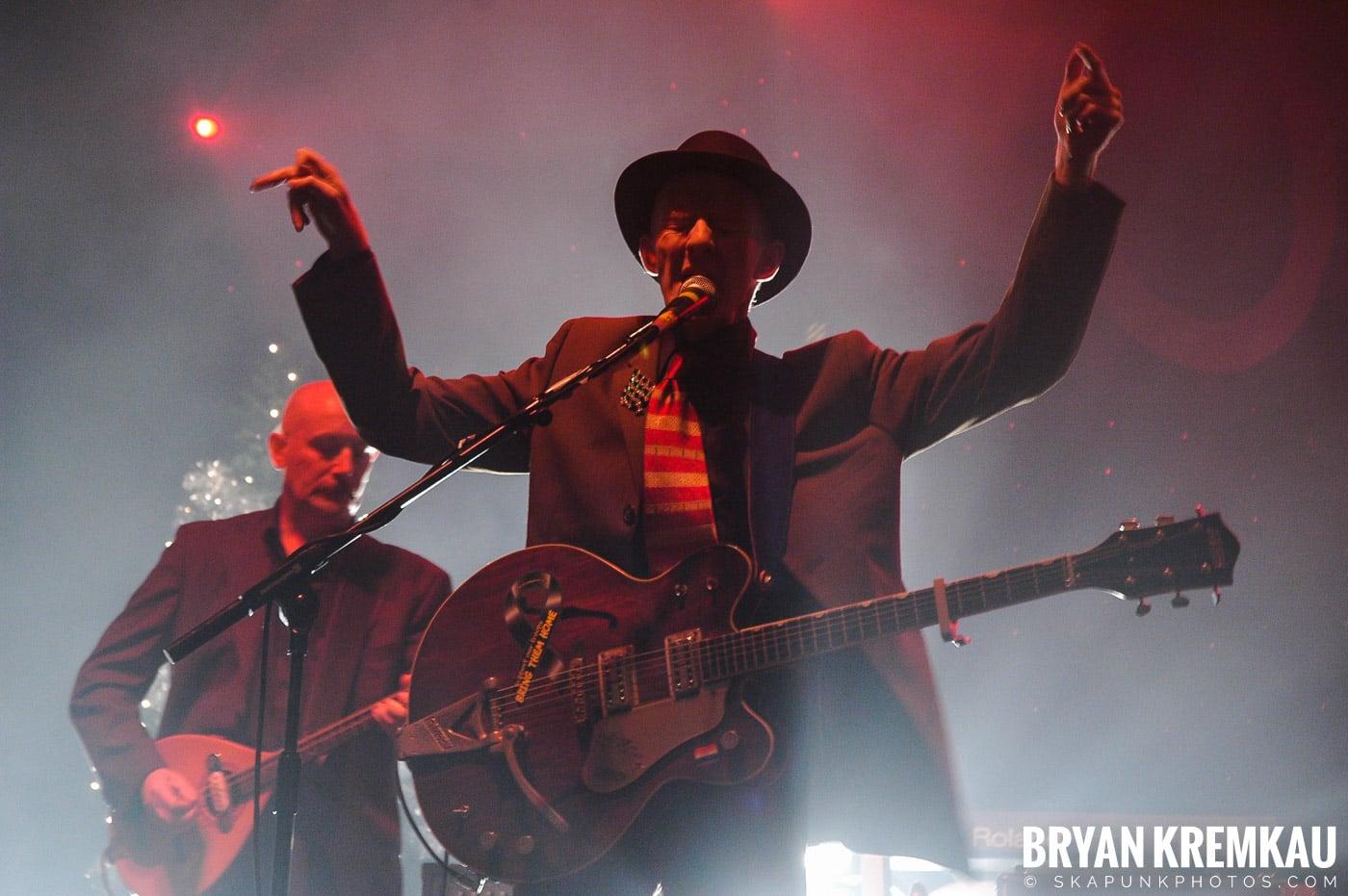 The Pogues @ Brixton Academy, London UK - 12.19.05 (5)