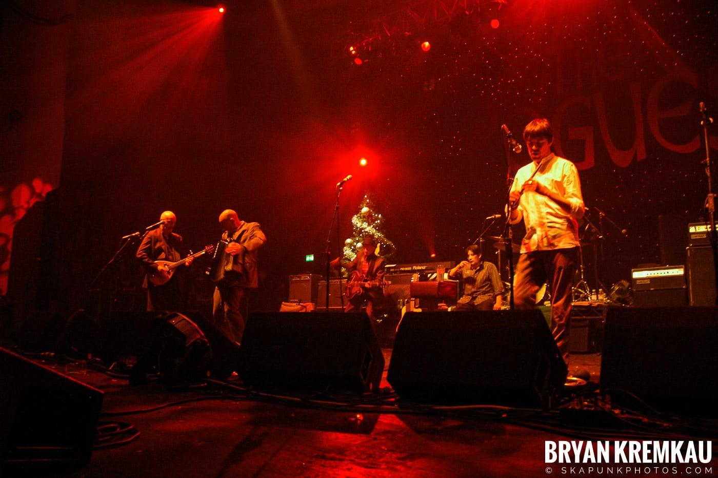 The Pogues @ Brixton Academy, London UK - 12.19.05 (3)
