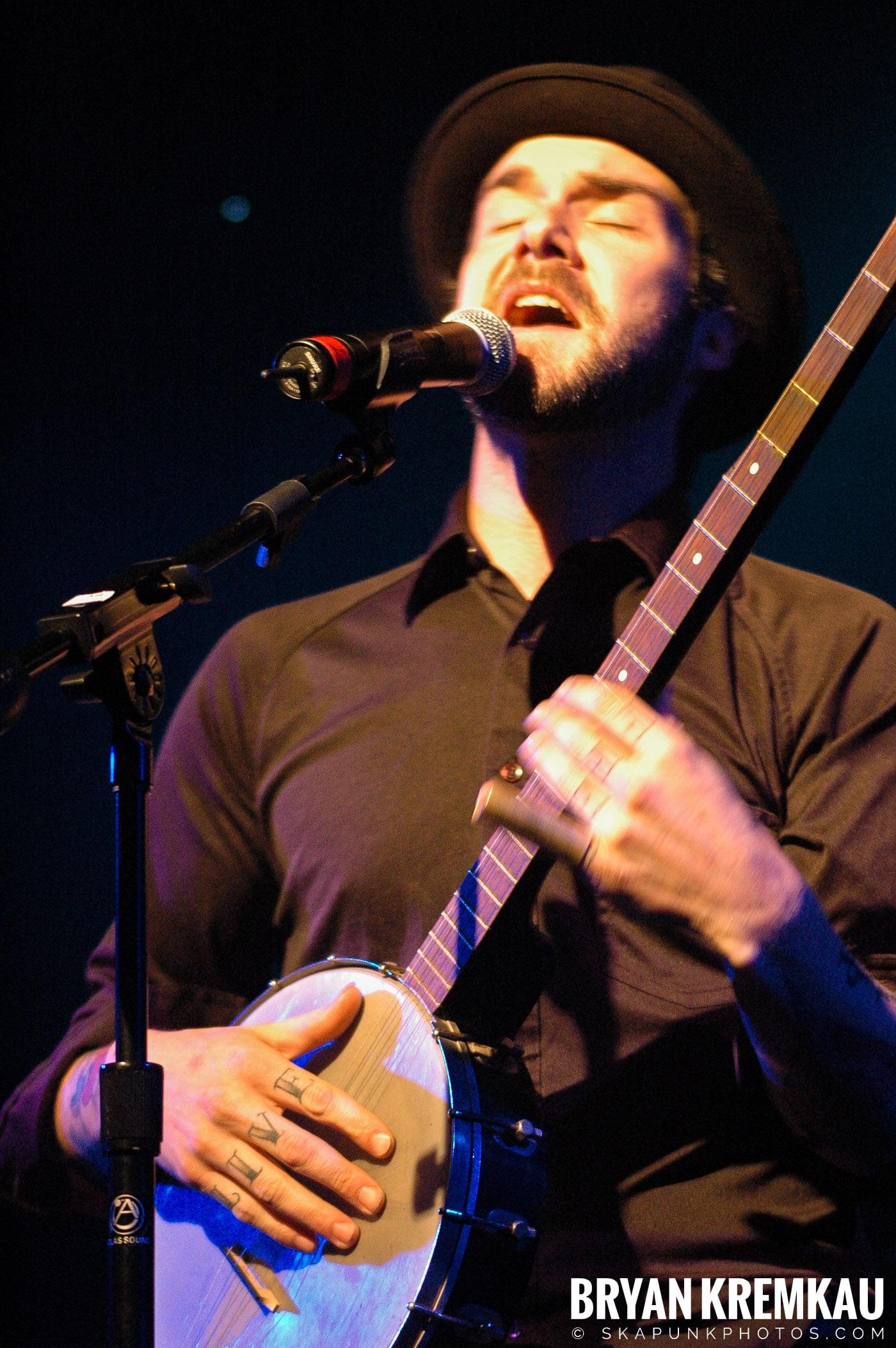 William Elliott Whitmore @ Nokia Theatre, NYC - 3.17.06 (3)