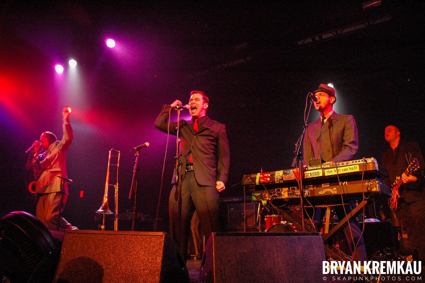 The Slackers @ Nokia Theatre, NYC - 3.17.06 (3)