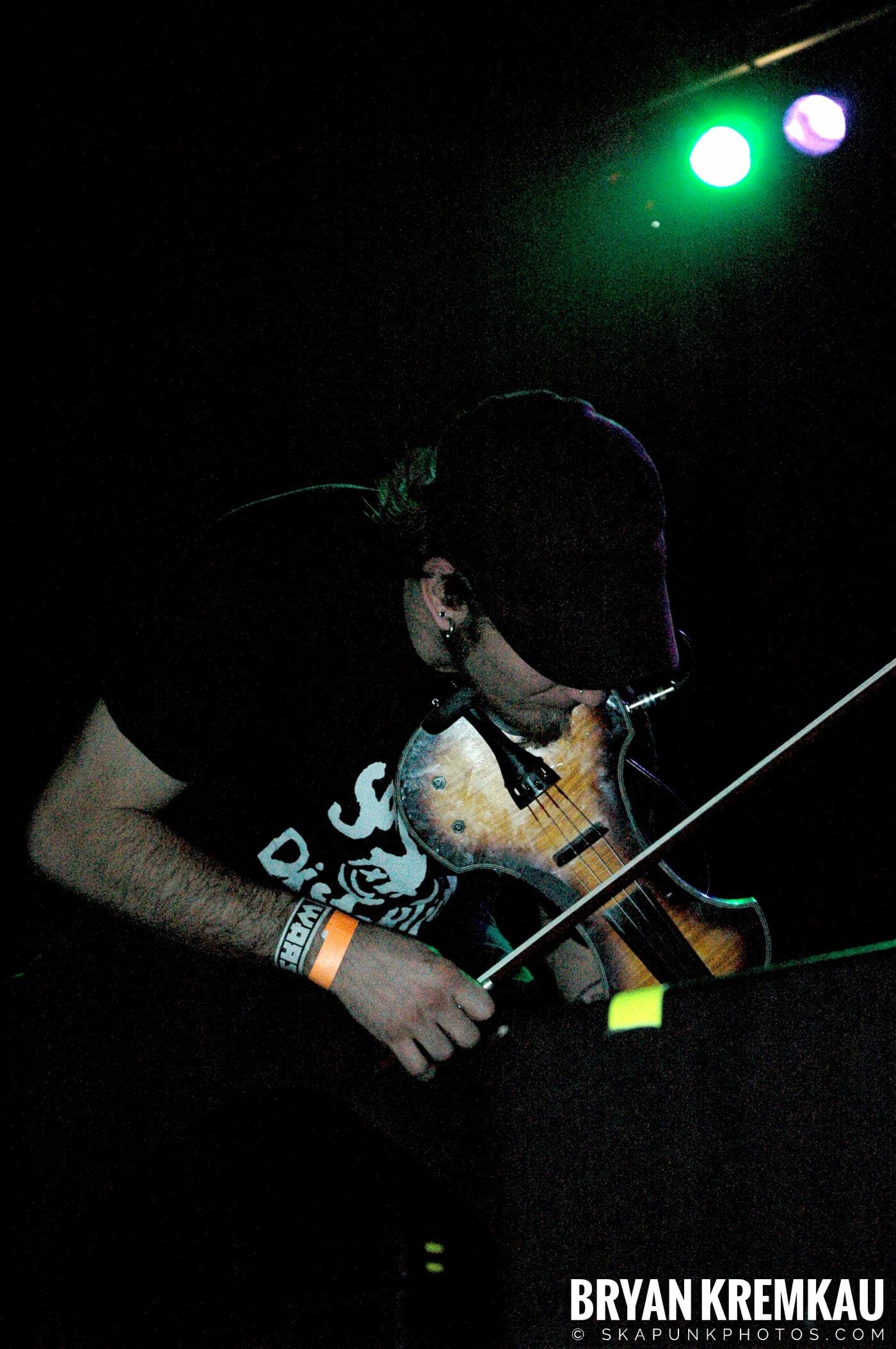 Zox @ The Troc, Philadelphia PA - 4.15.06 (4)