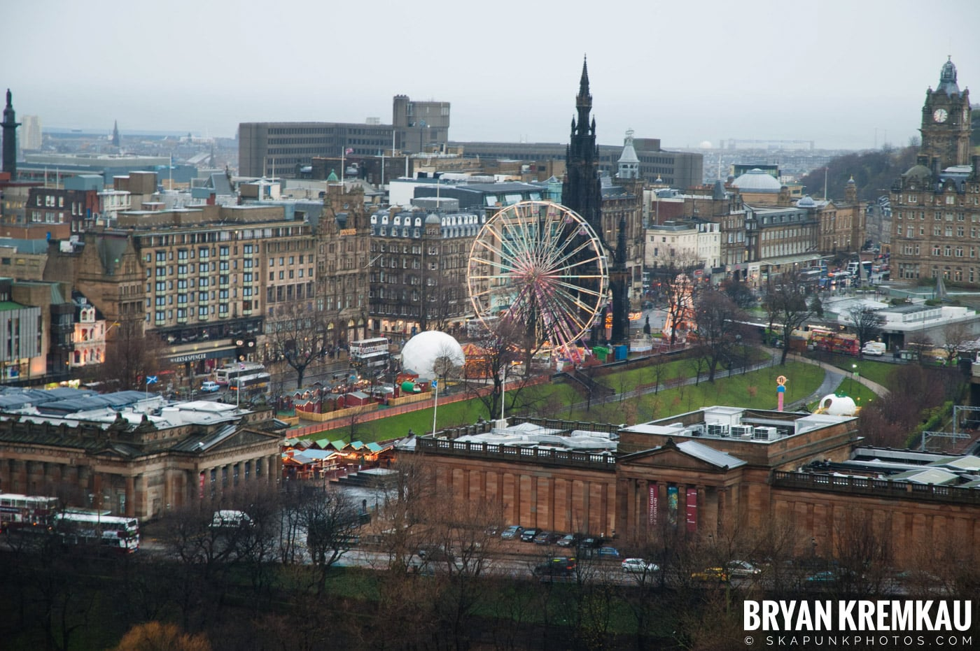 Edinburgh, Scotland - Day 2 - 12.13.06 (36)