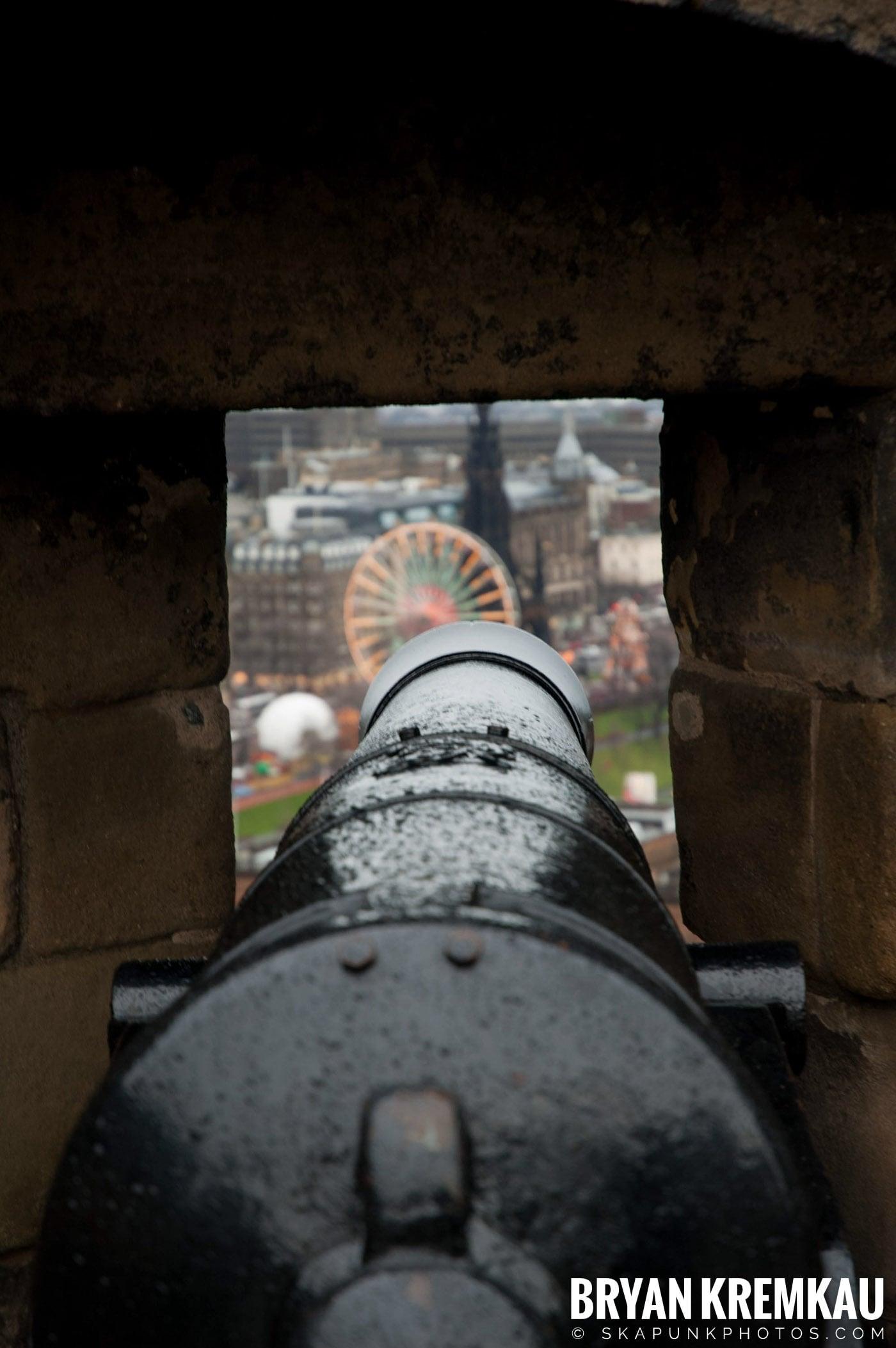 Edinburgh, Scotland - Day 2 - 12.13.06 (35)