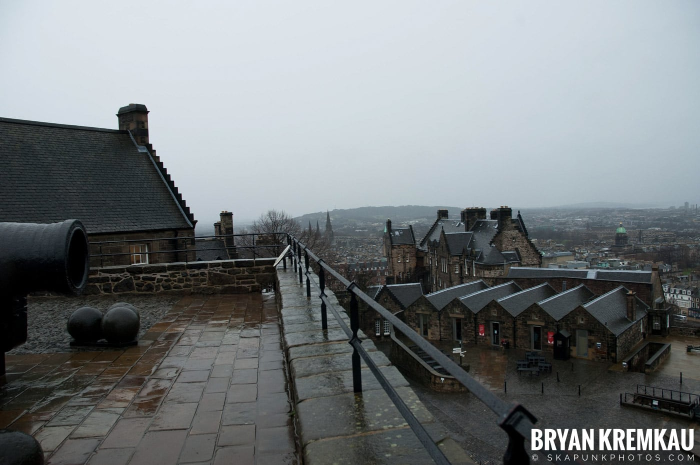 Edinburgh, Scotland - Day 2 - 12.13.06 (26)