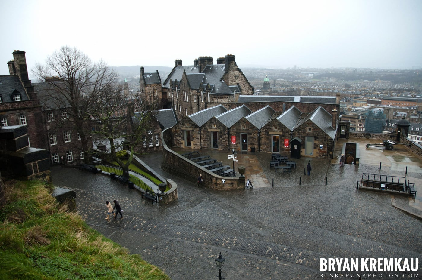 Edinburgh, Scotland - Day 2 - 12.13.06 (23)