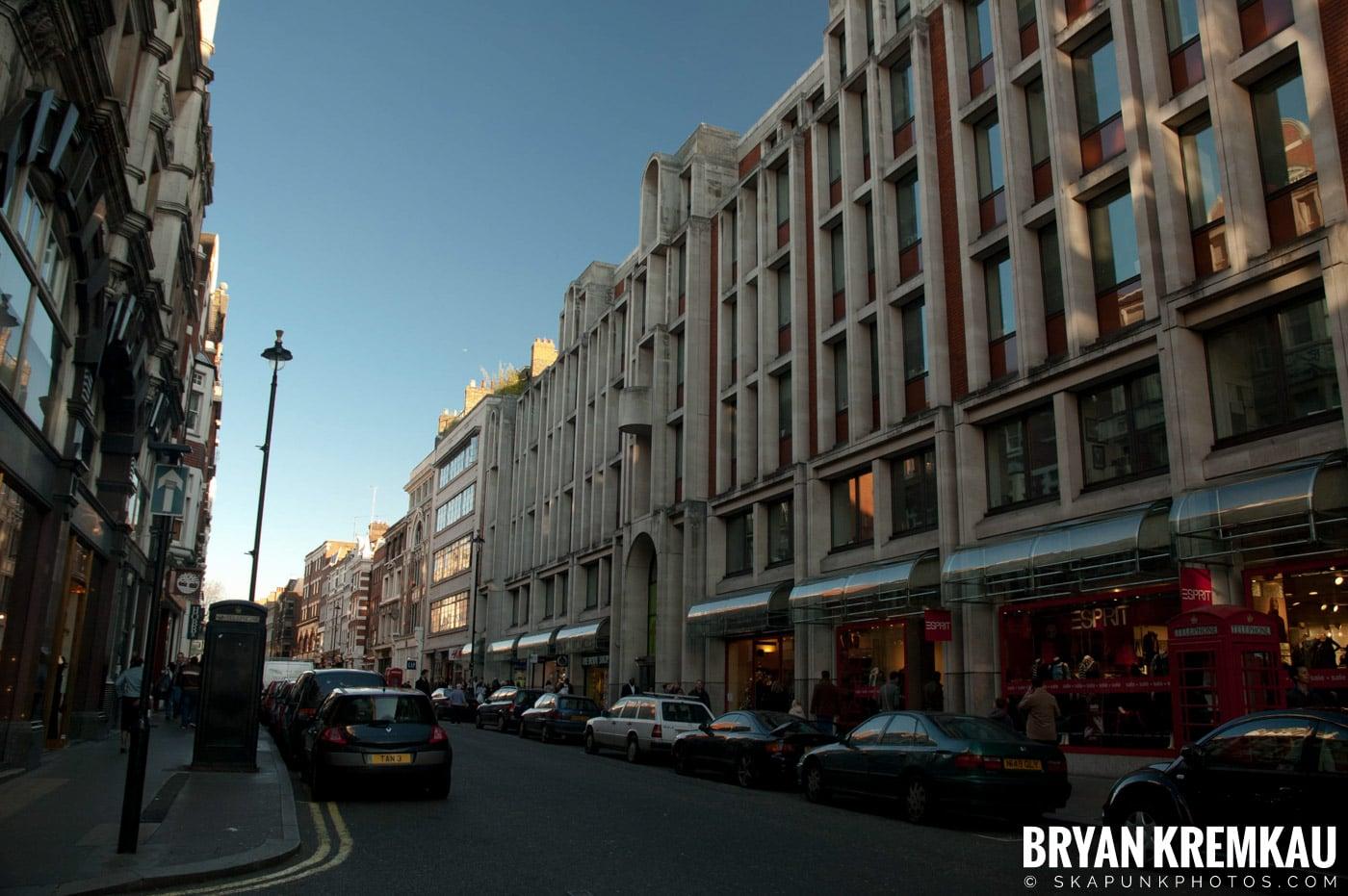 London, England - Day 5 - 12.17.06 (4)