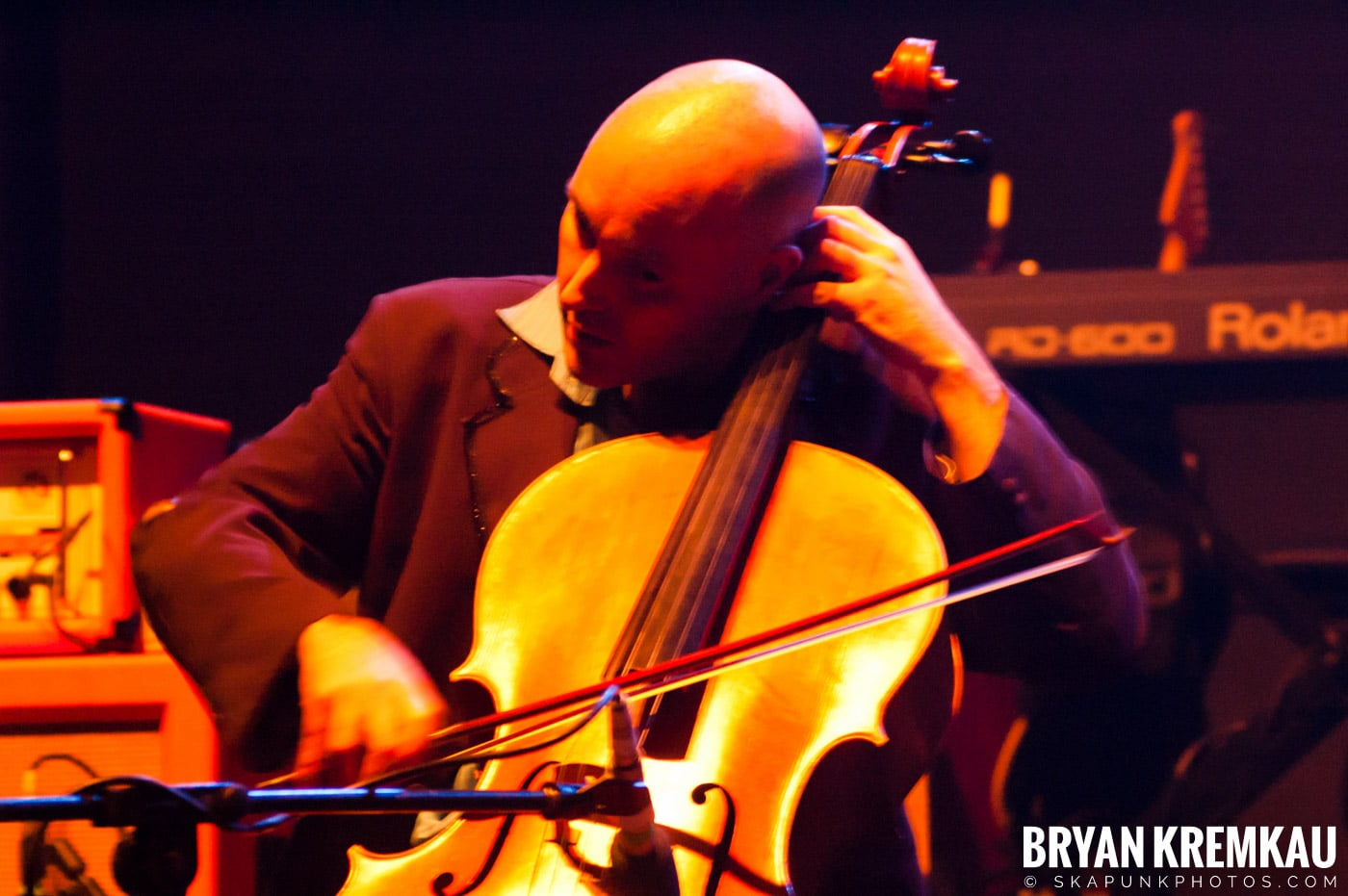 Larrikin Love @ Brixton Academy, London UK - 12.17.06 (4)
