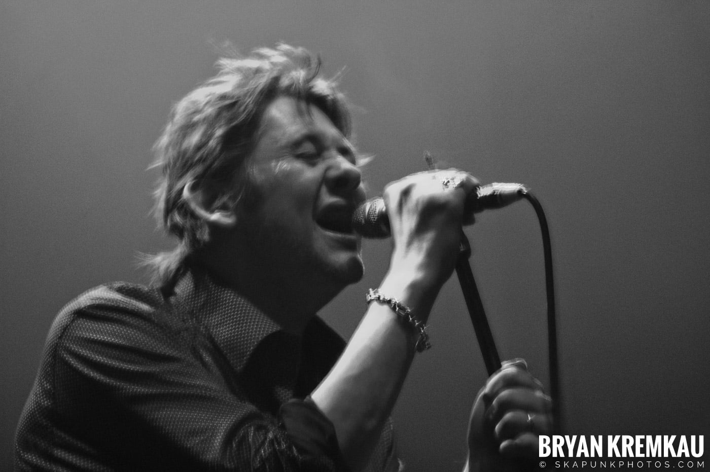 The Pogues @ Brixton Academy, London UK - 12.17.06 (14)