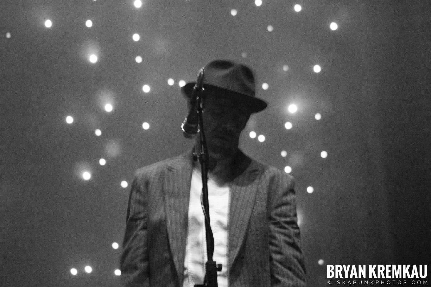 The Pogues @ Brixton Academy, London UK - 12.17.06 (12)