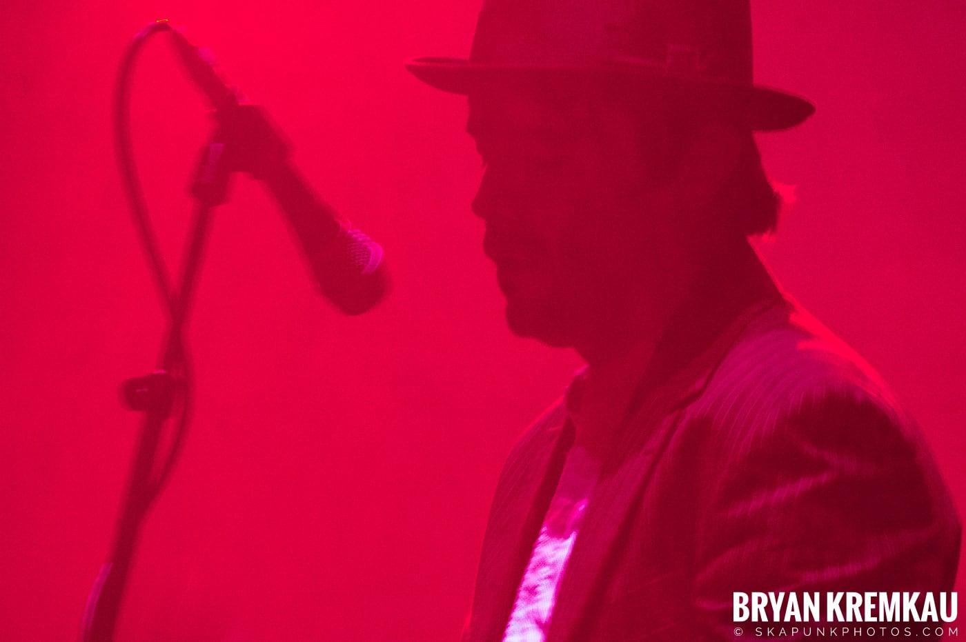 The Pogues @ Brixton Academy, London UK - 12.17.06 (5)