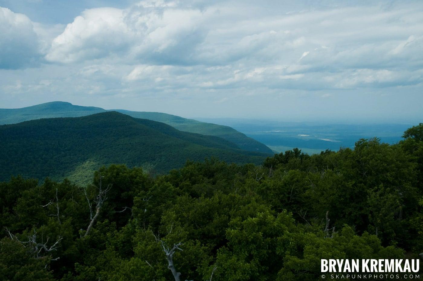 Catskills Overlook Mountain @ Woodstock, NY - 6.24.07 (6)