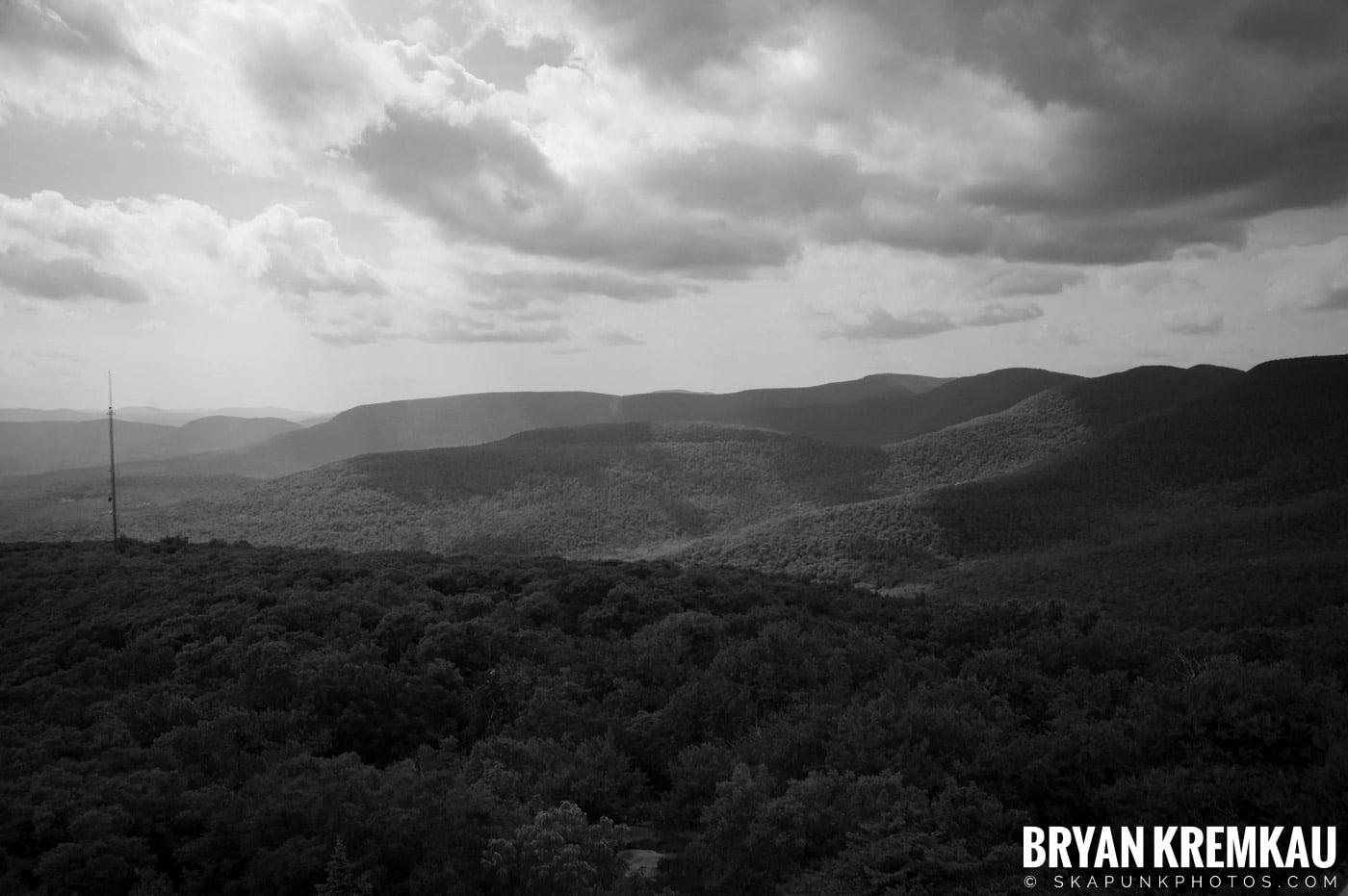 Catskills Overlook Mountain @ Woodstock, NY - 6.24.07 (5)