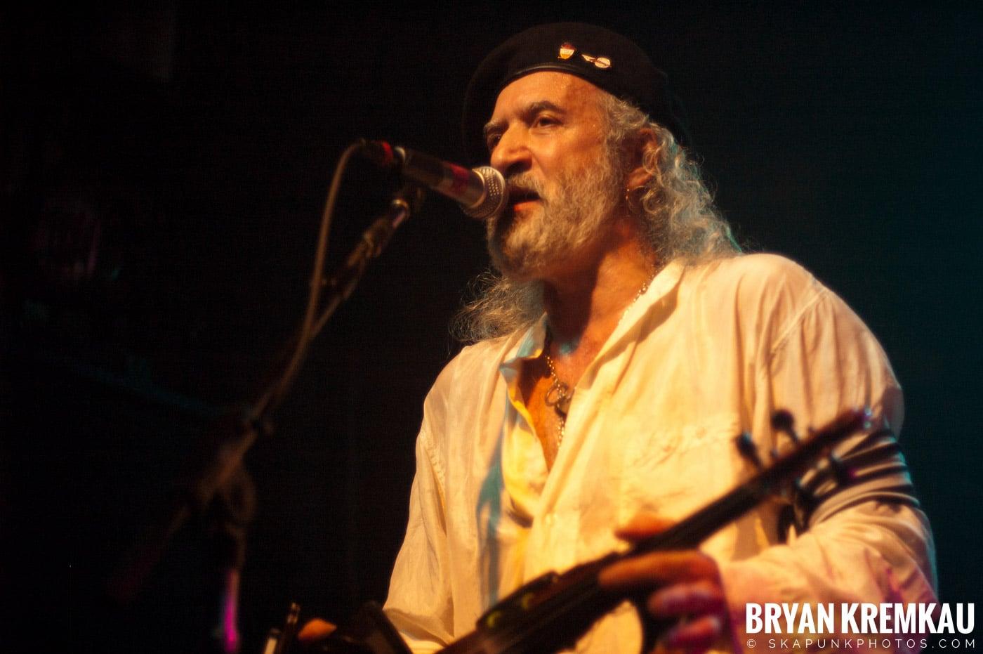 Gogol Bordello @ Irving Plaza, NYC - 7.22.07 (11)