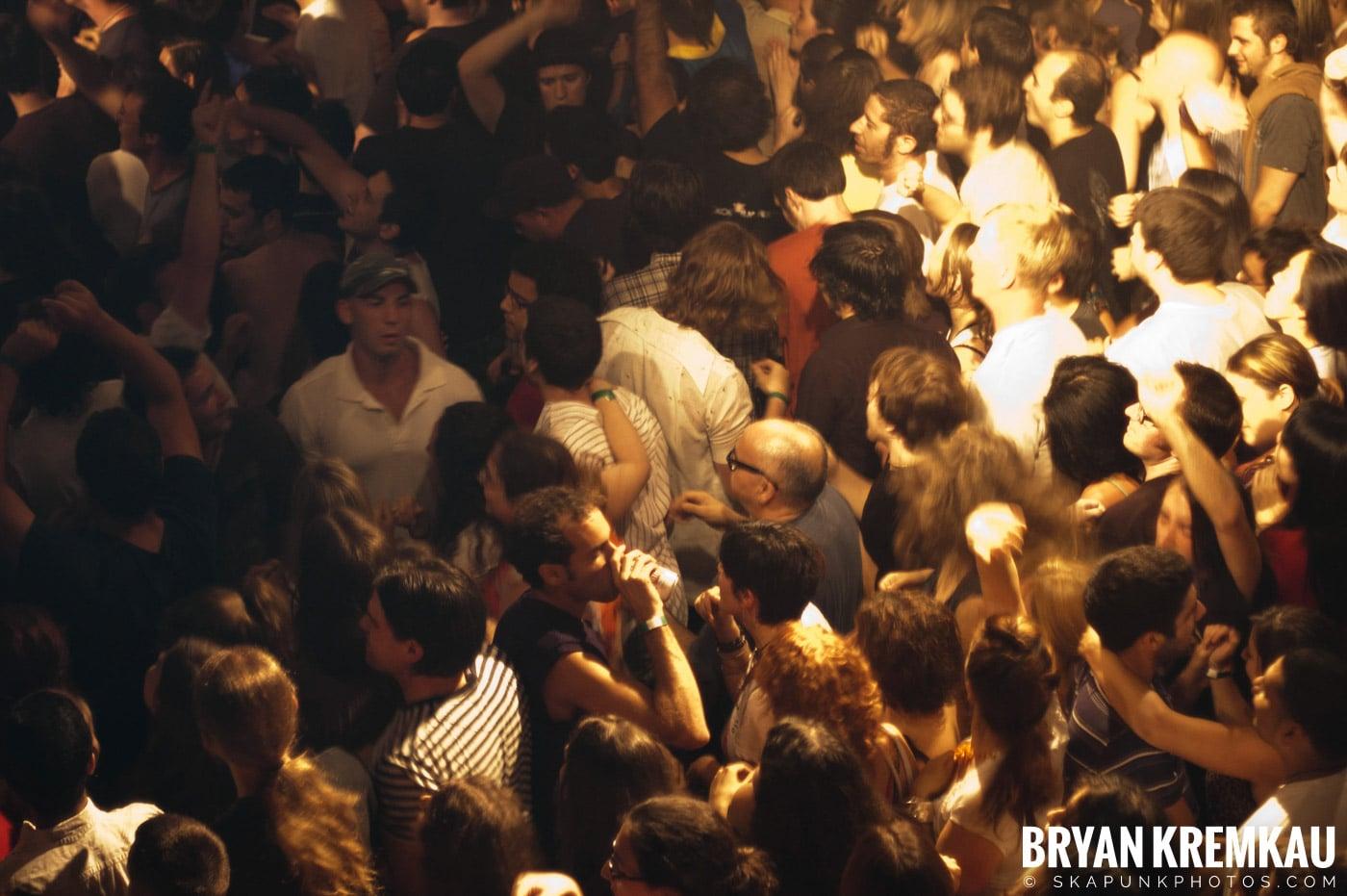 Gogol Bordello @ Irving Plaza, NYC - 7.22.07 (10)