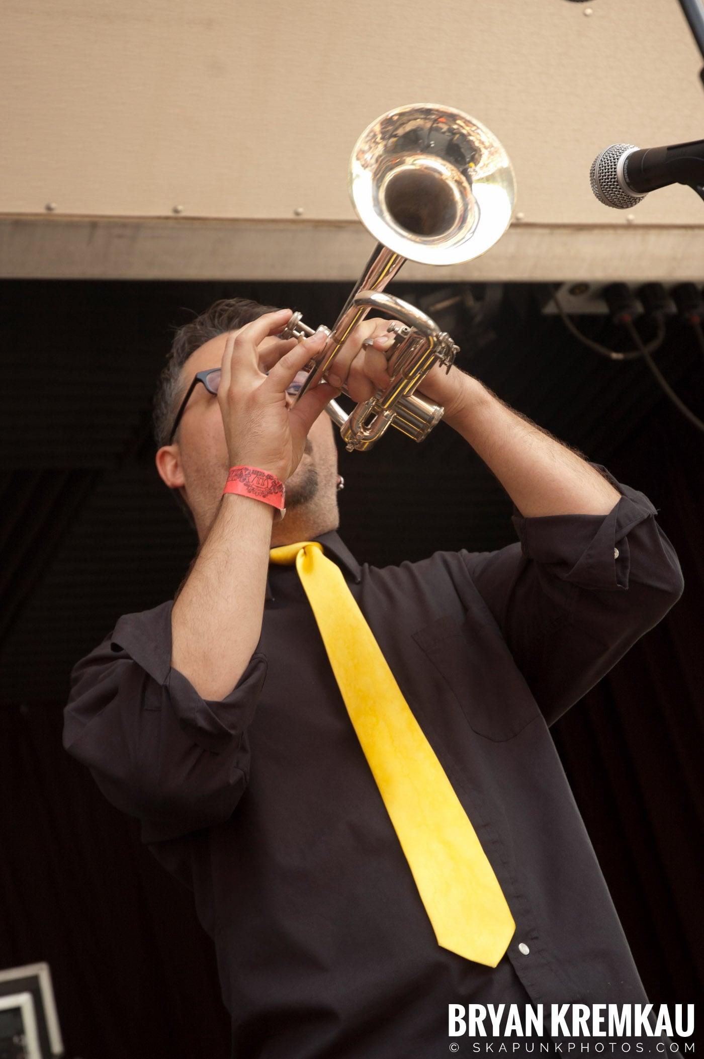 Mustard Plug @ Warped Tour 2007, Scranton PA - 7.26.07 (14)
