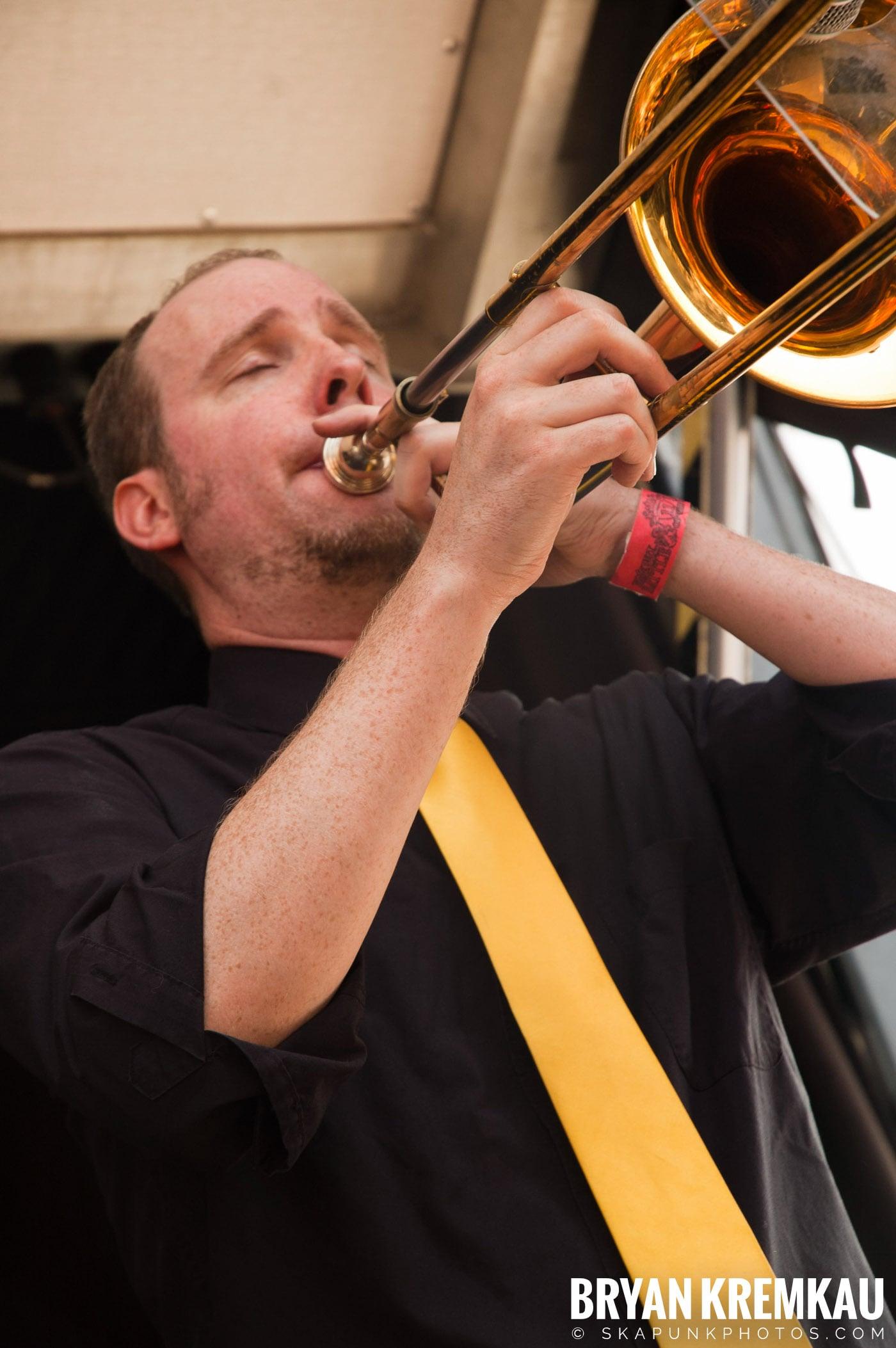 Mustard Plug @ Warped Tour 2007, Scranton PA - 7.26.07 (13)