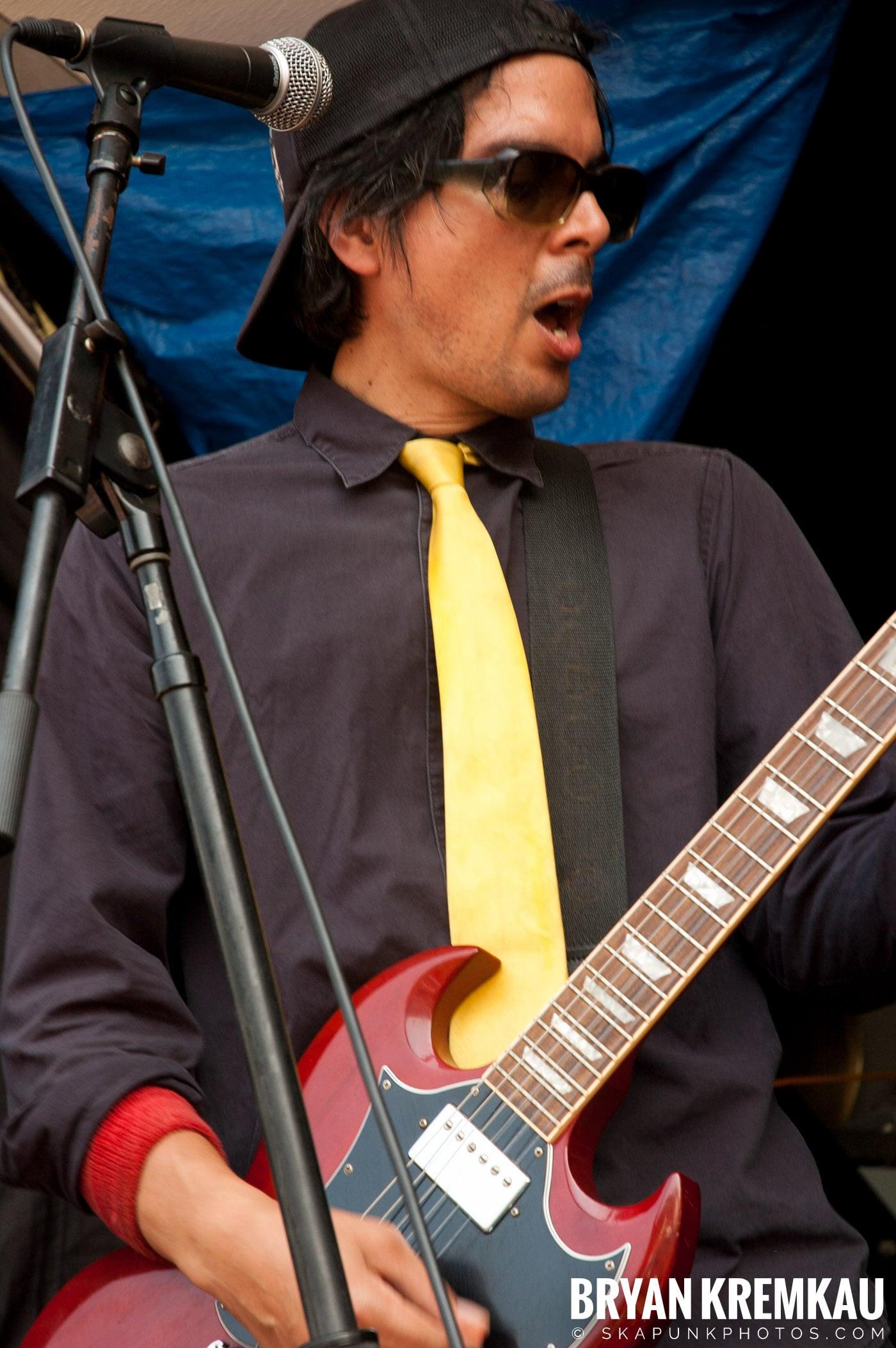 Mustard Plug @ Warped Tour 2007, Scranton PA - 7.26.07 (11)