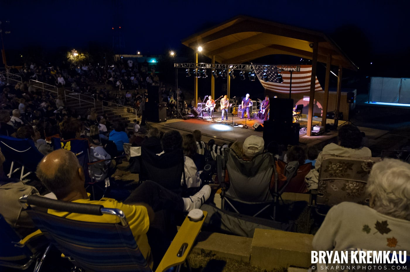 The Young Dubliners @ Burlington County Amphitheater, Burlington, NJ - 8.19.07 (2)