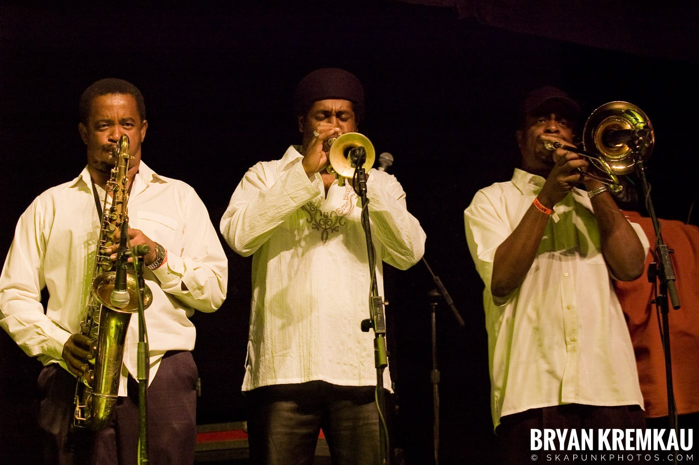Lloyd Parks @ Vintage Reggae Fest - Hammerstein Ballroom, NYC - 12.16.2007 (5)