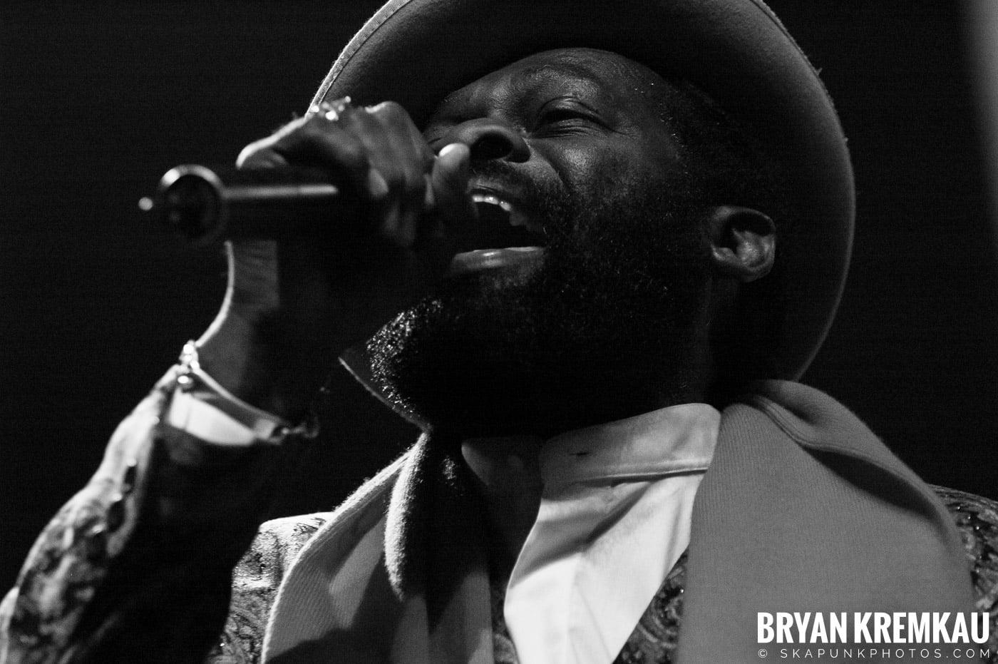 Jimmy Riley @ Vintage Reggae Fest - Hammerstein Ballroom, NYC - 12.16.07 (4)