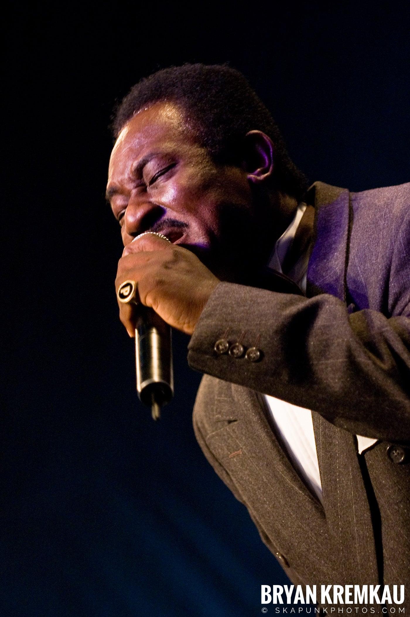 Pat Kelly @ Vintage Reggae Fest - Hammerstein Ballroom, NYC - 12.16.07 (11)