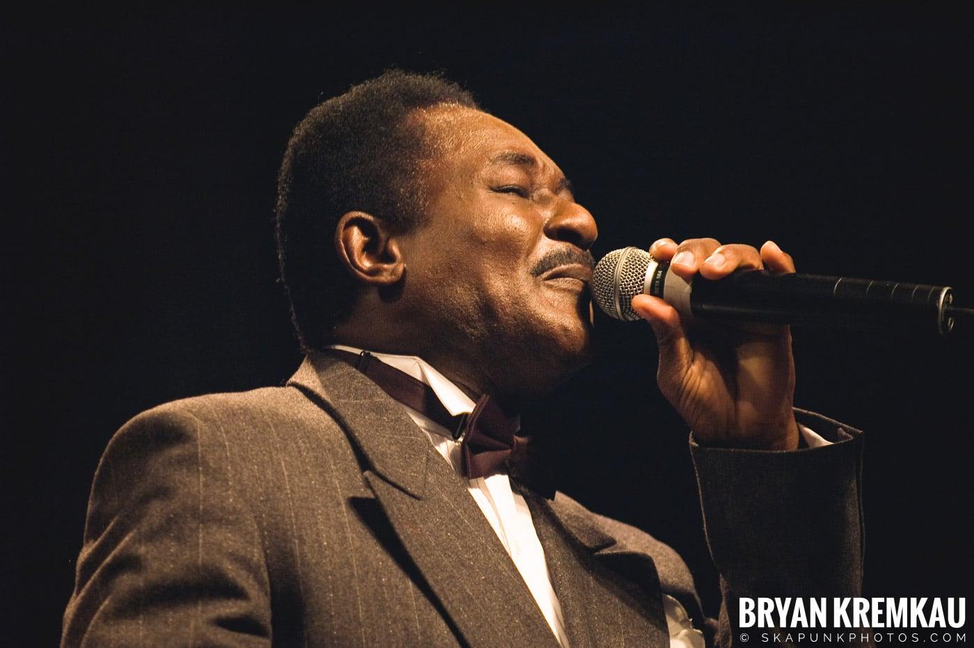 Pat Kelly @ Vintage Reggae Fest - Hammerstein Ballroom, NYC - 12.16.07 (10)