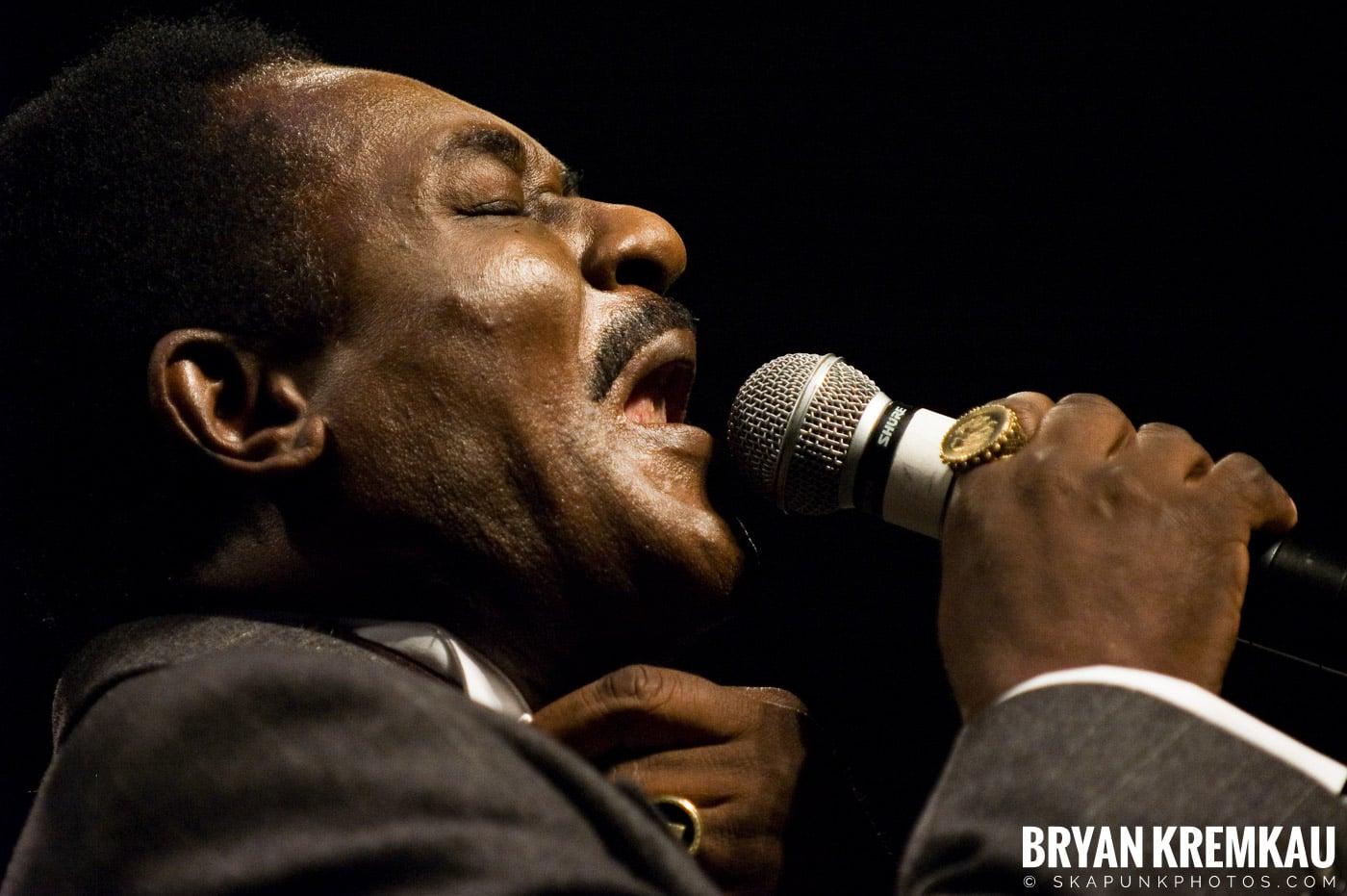 Pat Kelly @ Vintage Reggae Fest - Hammerstein Ballroom, NYC - 12.16.07 (5)